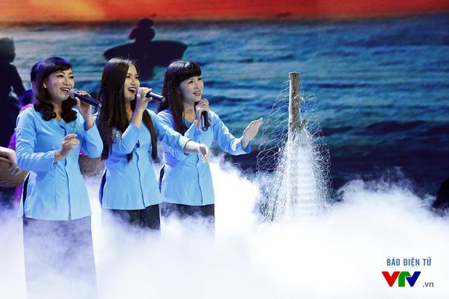 Giai điệu tự hào tháng 9: Xúc động với chủ đề Bám biển quê hương - Ảnh 3.