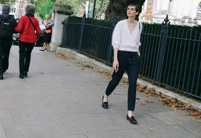 Tăm tia thời trang đường phố London cực chất và cá tính - Ảnh 14.