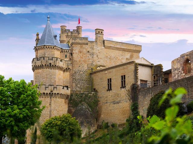Những lâu đài có kiến trúc đẹp như trong truyện cổ tích - Ảnh 13.