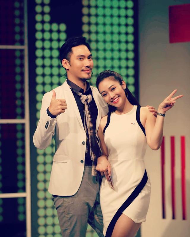 Chân dung nữ MC có nụ cười đẹp nhất VTV - Ảnh 5.