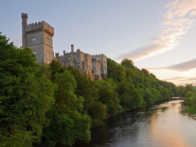 Những lâu đài có kiến trúc đẹp như trong truyện cổ tích - Ảnh 14.
