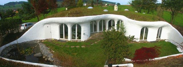 Những kiến trúc đẹp nhất thế giới nằm dưới lòng đất - Ảnh 14.