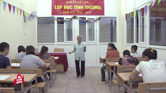Nhà giáo 84 tuổi miệt mài gieo chữ cho trẻ em khuyết tật - Ảnh 2.