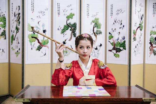 Chi Pu hóa tiểu công chúa tại Hàn Quốc - Ảnh 2.