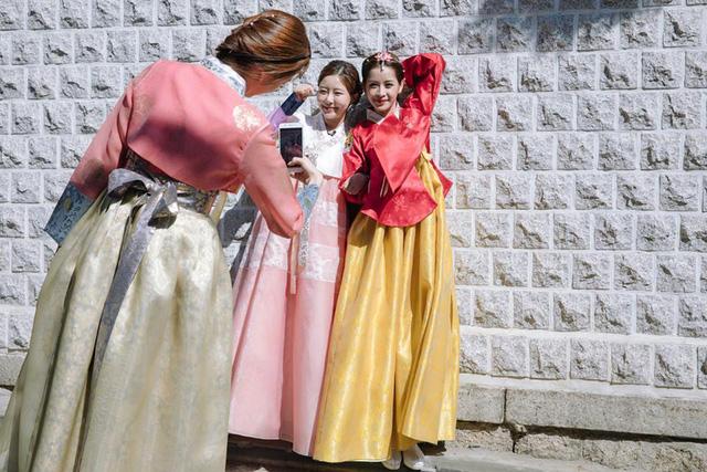 Chi Pu hóa tiểu công chúa tại Hàn Quốc - Ảnh 6.
