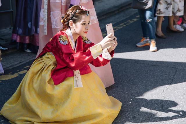 Chi Pu hóa tiểu công chúa tại Hàn Quốc - Ảnh 8.