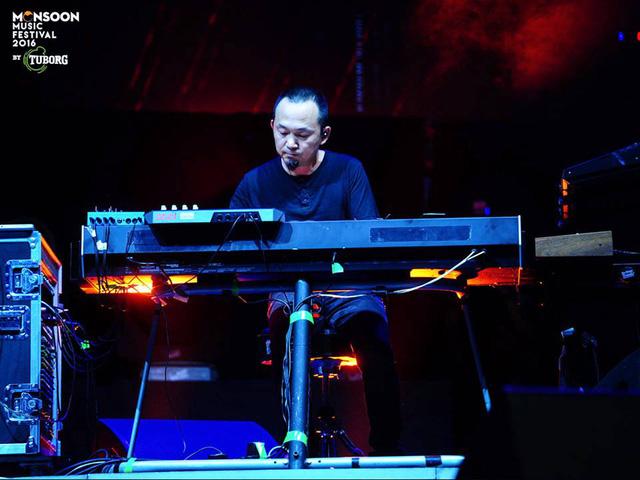 Monsoon Music Festival 2016: Tùng Dương gây ấn tượng mạnh với Rễ cây - Ảnh 4.
