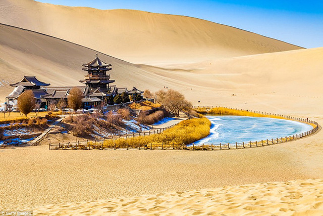 Ngất ngây với những khung cảnh đẹp như tranh vẽ ở Trung Quốc - Ảnh 6.
