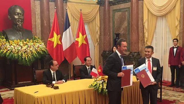 Hợp đồng 40 chiếc máy bay Airbus - Điểm nhấn trong chuyến công du của Tổng thống Pháp tại Việt Nam - Ảnh 1.