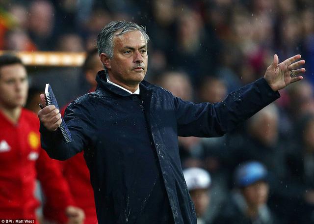 Hull City 0-1 Man Utd: Miếng ngon dành phần cuối - Ảnh 2.