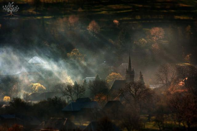 Những khuôn hình đắt giá của mùa thu Romania từ máy ảnh rẻ tiền - Ảnh 5.