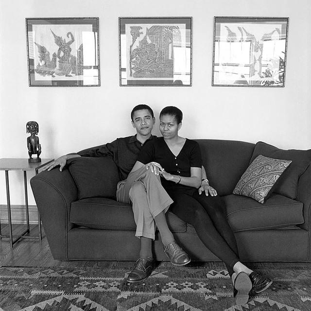 Chuyện tình ngọt ngào của Tổng thống Obama qua ảnh - Ảnh 1.
