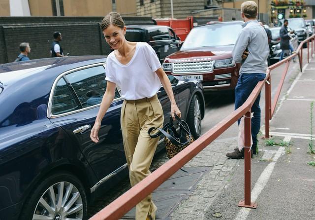 Tăm tia thời trang đường phố London cực chất và cá tính - Ảnh 26.