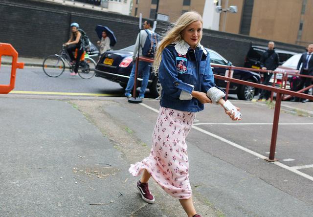 Tăm tia thời trang đường phố London cực chất và cá tính - Ảnh 28.