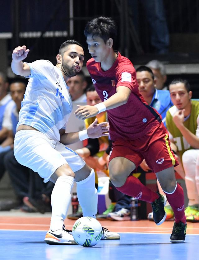 Ảnh: Những khoảnh khắc ấn tượng trong chiến thắng 4-2 của ĐT futsal Việt Nam trước Guatemala - Ảnh 2.