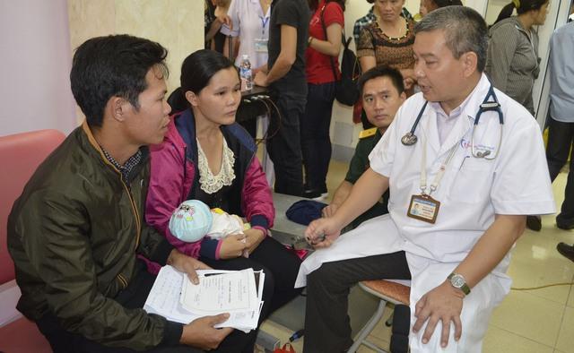 TTCE khám sàng lọc miễn phí cho 1.500 trẻ em tại Hà Tĩnh - Ảnh 2.