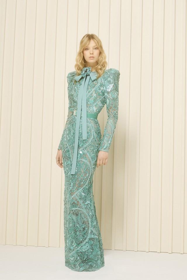 Elie Saab trình làng BST thời trang mới của năm 2017 - Ảnh 18.