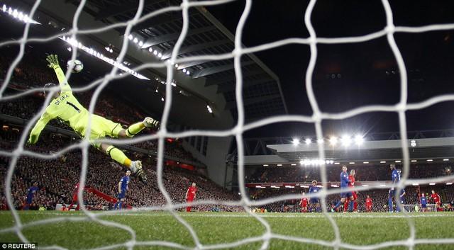 VIDEO, Liverpool 0-0 Man Utd: Người hùng De Gea - Ảnh 2.