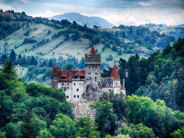 Những lâu đài có kiến trúc đẹp như trong truyện cổ tích - Ảnh 6.