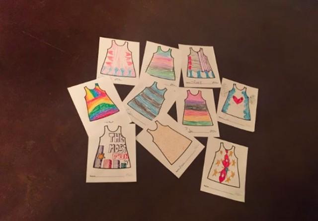 Nhà thiết kế may váy theo bản vẽ của các con mình - Ảnh 4.
