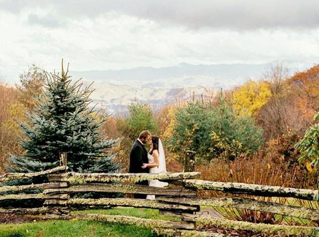 Những bức ảnh cưới tuyệt đẹp mang màu sắc của mùa thu - Ảnh 4.