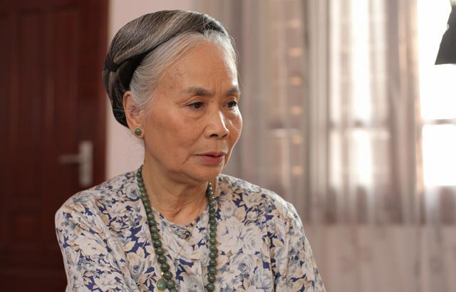 NSƯT Ngọc Thoa trở thành bà ngoại khó tính trong Ngự lâm không kiếm - Ảnh 2.