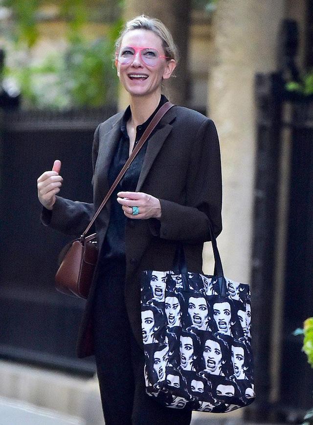 Cate Blanchett mang con rời Australia sau bê bối tình cảm của chồng - Ảnh 2.