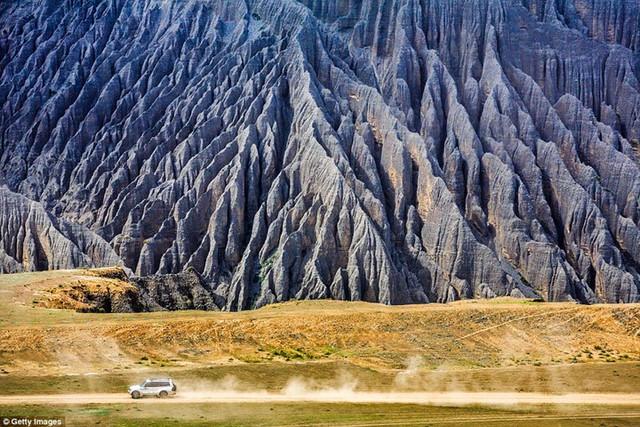 Ngất ngây với những khung cảnh đẹp như tranh vẽ ở Trung Quốc - Ảnh 12.