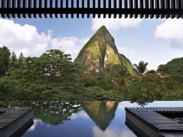 Những khách sạn có hồ bơi ấn tượng nhất hành tinh - Ảnh 7.