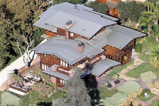 Những căn biệt thự xa hoa của cặp đôi Brad Pitt - Angelina Jolie - Ảnh 8.