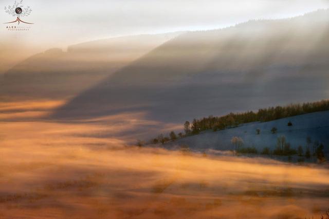 Những khuôn hình đắt giá của mùa thu Romania từ máy ảnh rẻ tiền - Ảnh 12.