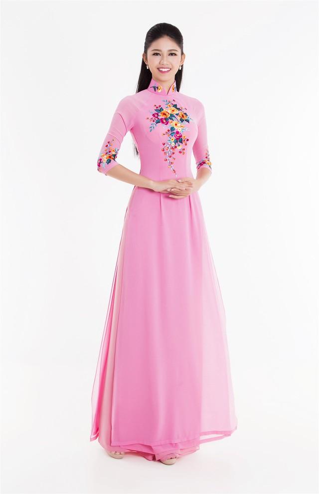 Top 3 Hoa hậu Việt Nam 2016 tỏa hương sắc trong trang phục áo dài - Ảnh 2.