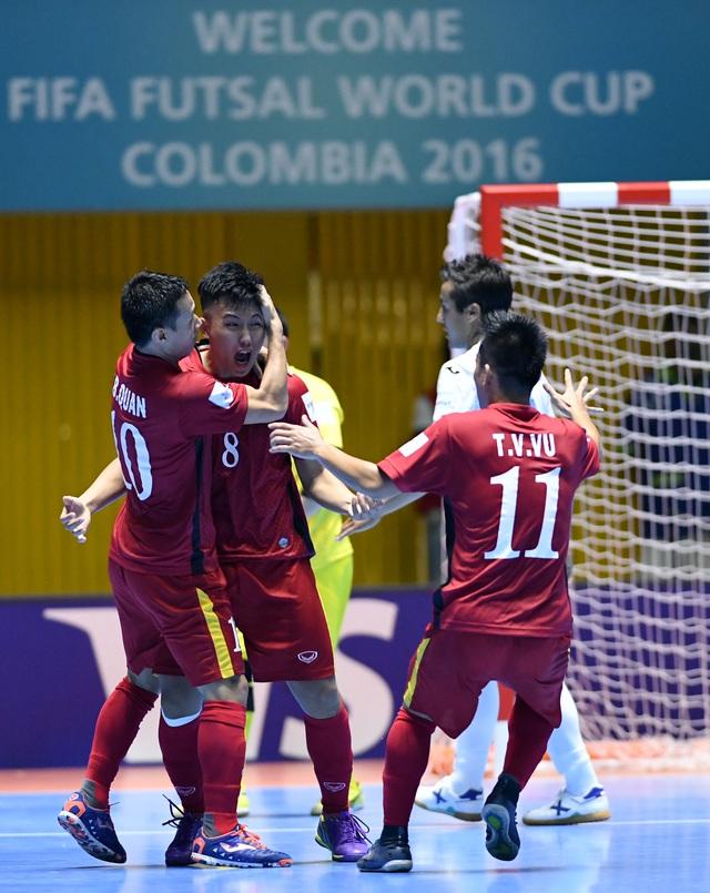 Ảnh: Những khoảnh khắc ấn tượng trong chiến thắng 4-2 của ĐT futsal Việt Nam trước Guatemala - Ảnh 7.