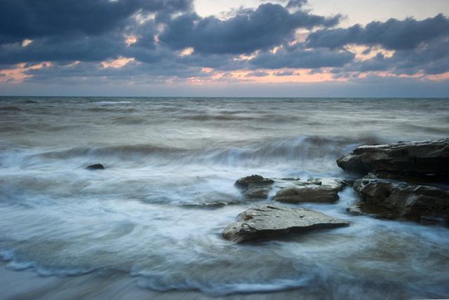 Ngắm khung cảnh mùa Thu đẹp như cổ tích ở Crimea - Ảnh 9.