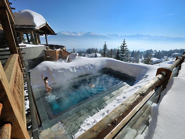 Những khách sạn có hồ bơi ấn tượng nhất hành tinh - Ảnh 5.