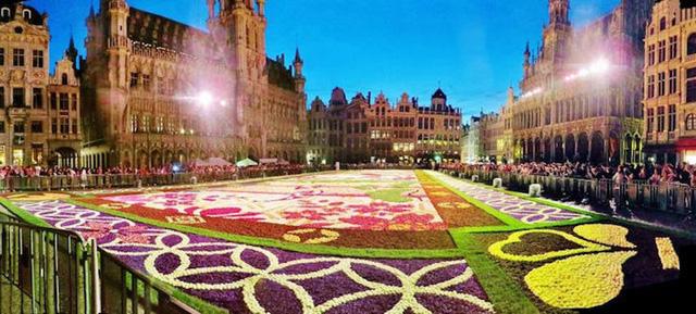 Choáng ngợp với 600.000 bông hoa tạo nên thảm hoa khổng lồ ở Bỉ - Ảnh 9.