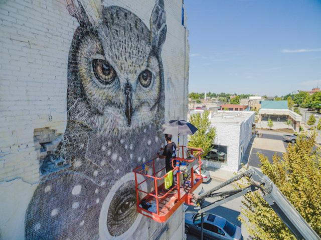 """Ngôi nhà bỏ hoang """"hồi sinh"""" dưới bàn tay của các nghệ sĩ đường phố - Ảnh 9."""