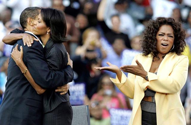 Chuyện tình ngọt ngào của Tổng thống Obama qua ảnh - Ảnh 10.