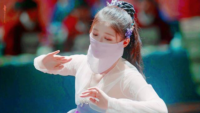 """Lý do khiến """"em gái quốc dân"""" Kim Yoo Jung được người người yêu mến - Ảnh 2."""