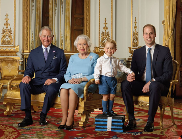 Những khoảnh khắc tuyệt vời của cha con hoàng tử William - Ảnh 4.