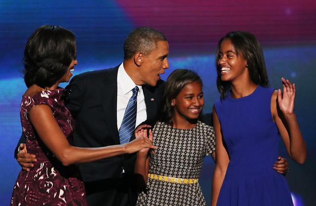 Gia đình Tổng thống Obama thay đổi thế nào trong 8 năm qua? - Ảnh 5.