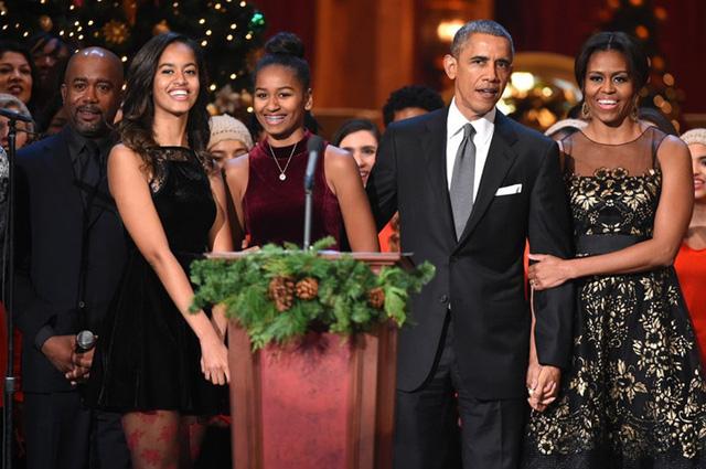 Gia đình Tổng thống Obama thay đổi thế nào trong 8 năm qua? - Ảnh 7.