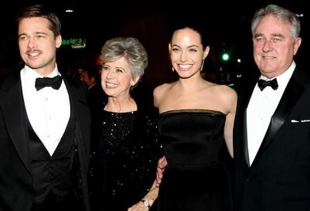 Bố mẹ Brad Pitt cực tức giận với Angelina Jolie - Ảnh 1.