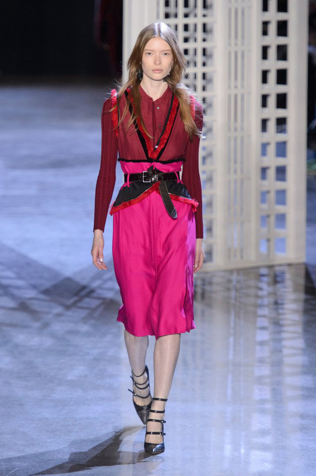Săm soi 10 xu hướng Thu - Đông ở các Tuần lễ thời trang - Ảnh 5.