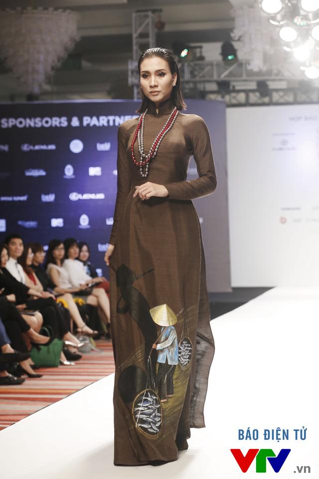 Ngọc Châu mở màn Tuần lễ thời trang quốc tế Việt Nam Thu - Đông 2016 - Ảnh 7.