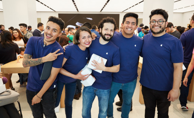 Khai trương cửa hàng Apple Store đầu tiên tại Mexico - Ảnh 3.