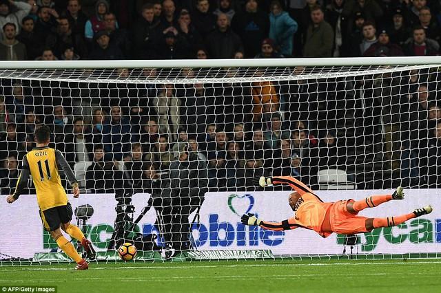 Vòng 14 Ngoại hạng Anh: West Ham 1-5 Arsenal: Cuộc dạo chơi của Pháo thủ - Ảnh 2.