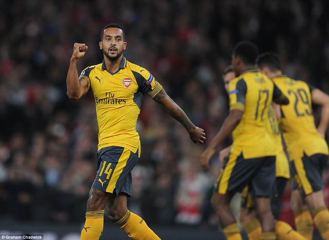 Arsenal - Swansea City: Phá dớp Thiên nga trắng - Ảnh 2.