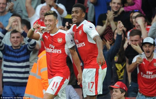 Arsenal - Basel: Ngày anh em Xhaka tương phùng - Ảnh 1.