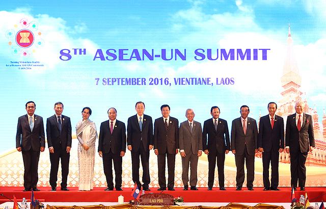 Hội nghị cấp cao ASEAN - Điểm nóng báo chí tuần qua - Ảnh 1.